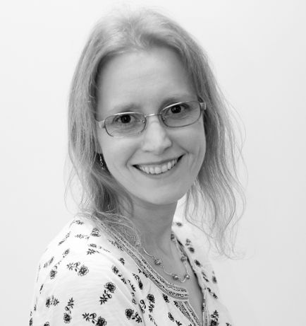 Author Mary Anne Yarde