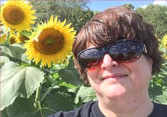 author Elisabeth Hamill picture