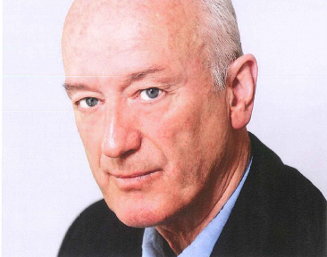 author glynn holloway picture